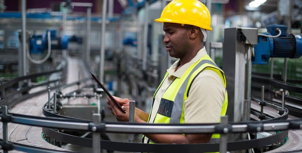 Automação industrial: o que é e quais os benefícios para a eficiência operacional