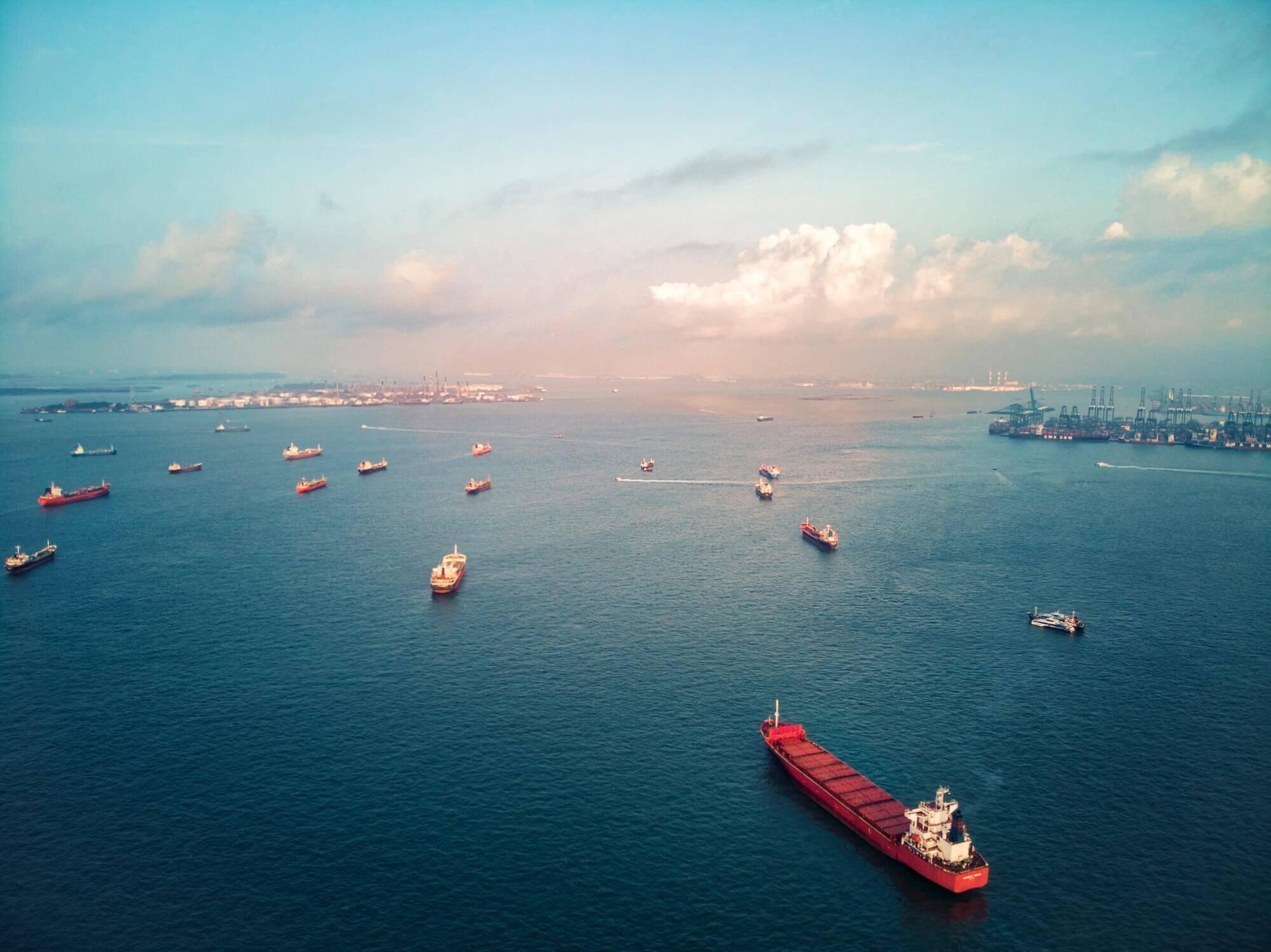 transporte de carga marítimo