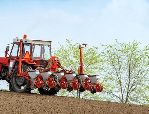 Aluguel de máquina agrícola: opção para quem quer economizar