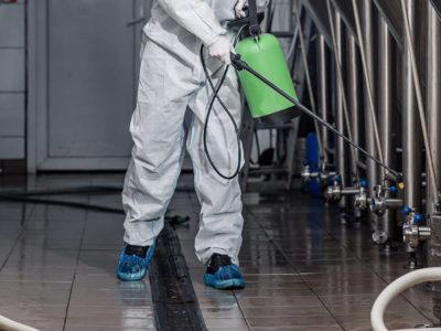 Limpeza de máquinas e equipamentos